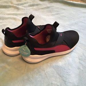 Puma NWOB training shoes, black & pink, SoftFoam